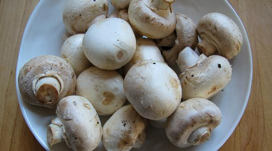 Lemony-mushroom-salad-01