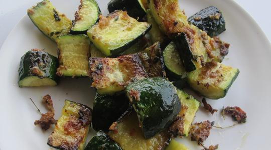 Roasted parmesan zucchini-00