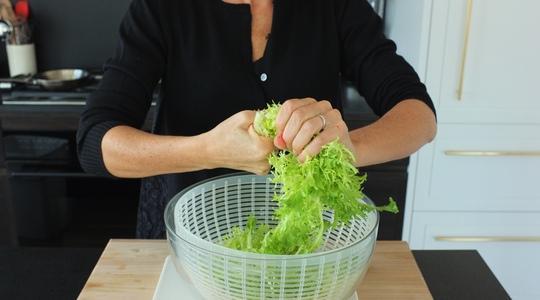 Frisee salad-01