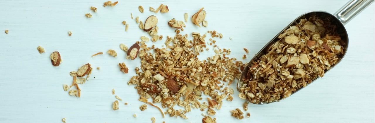 Toasted Quinoa & Oat Granola