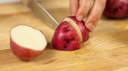 Roasted rosemary potatoes-05