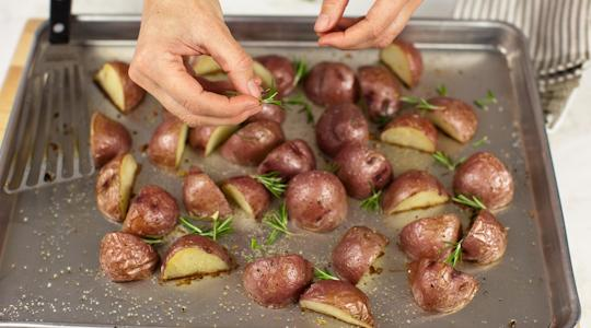Roasted rosemary potatoes-11