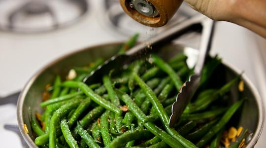 Green beans with almonds-10