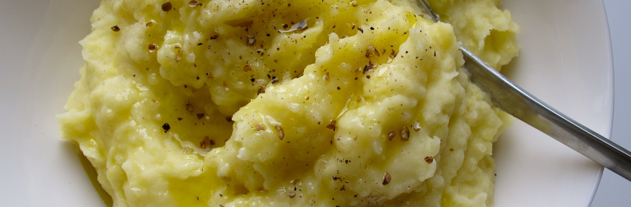 Mashed Potatoes with Garlic and Thyme