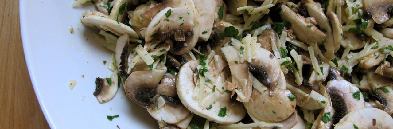 Lemony Mushroom Salad