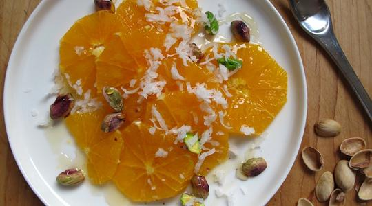Orange-salad-with-honey-pistachios-and-coconut-03