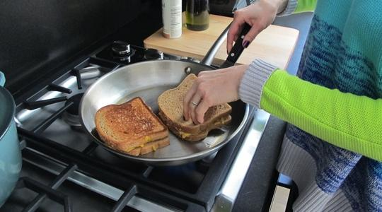 Grilled cheese sandwiches-05