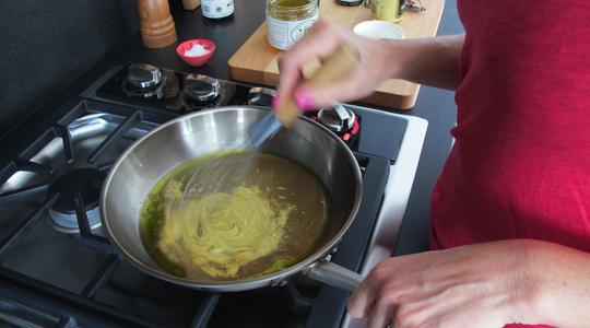 Warm spinach salad-06