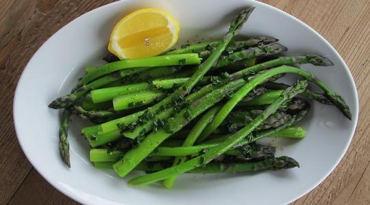 Asparagus with butter and chives-04