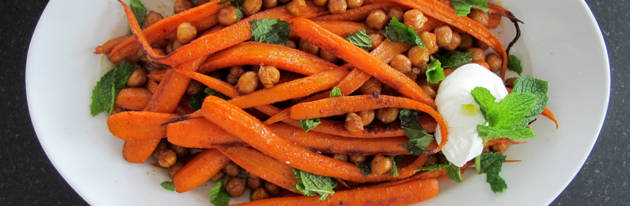 Spice Roasted Carrots and Chickpeas