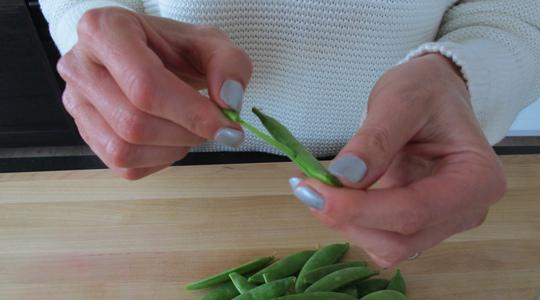 Sugar snap peas with mint-01