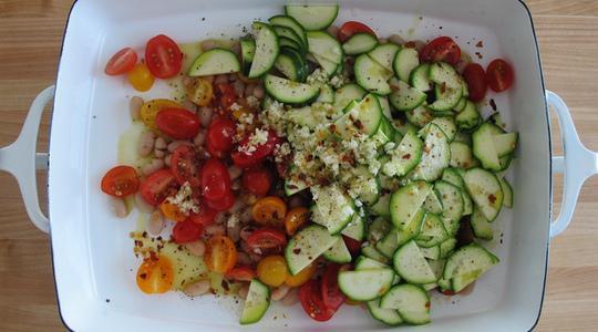 Garlic shrimp with zucchini and tomatoes-04