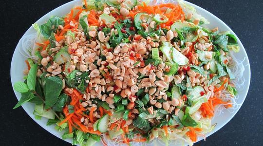 Rice noodle salad-05