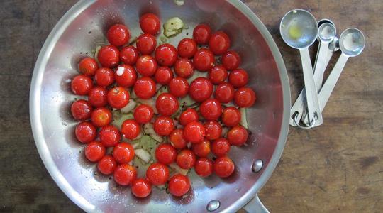 Roasted tomato bruschetta-02
