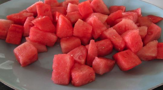 Watermelon cucumber salad-01