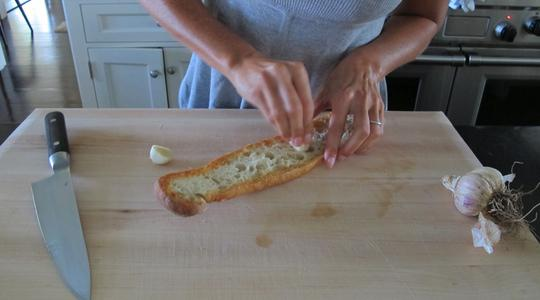 Garlic bread 2 ways-03