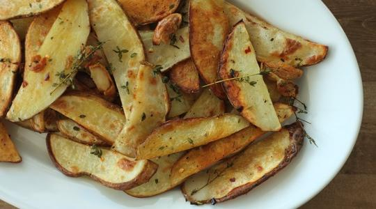 Steak fries with garlic and thyme-05