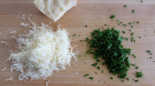 Spaghetti squash with parmesan  toasted garlic breadcrumbs-05