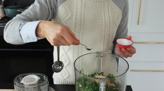 Pesto parsley steamed halibut-05