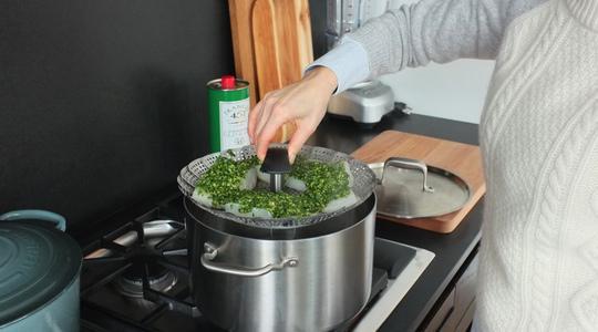 Pesto parsley steamed halibut-09