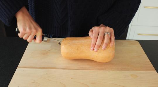 Lemon-parmesan breadcrumb-baked butternut squash-02
