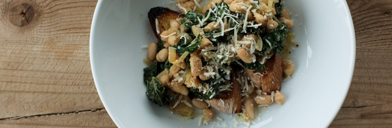 Beans and Kale Toast