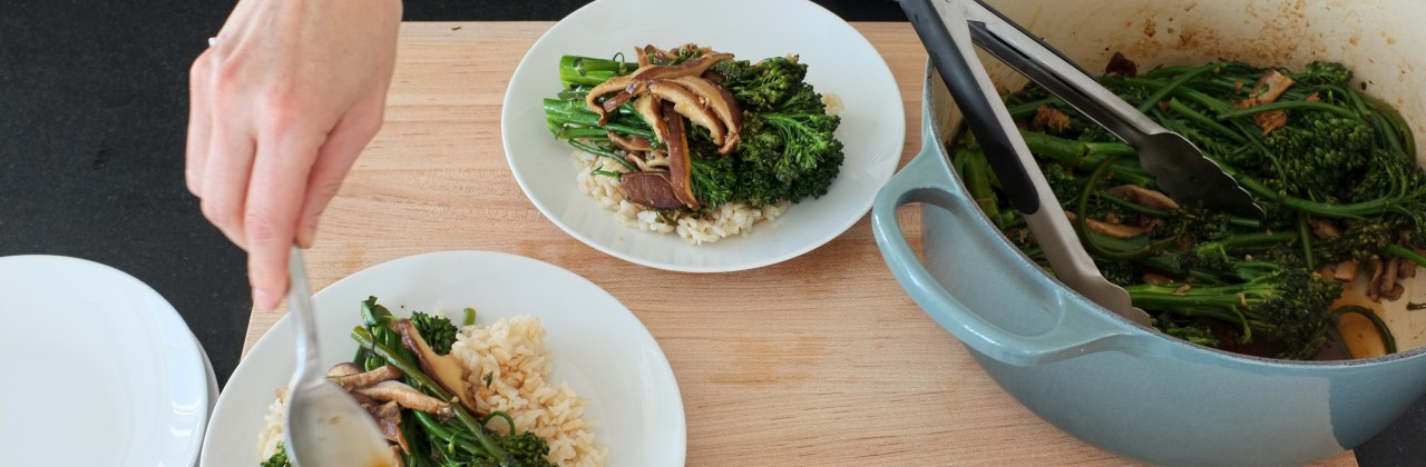 Gingery Broccolini and Mushrooms over Brown Rice