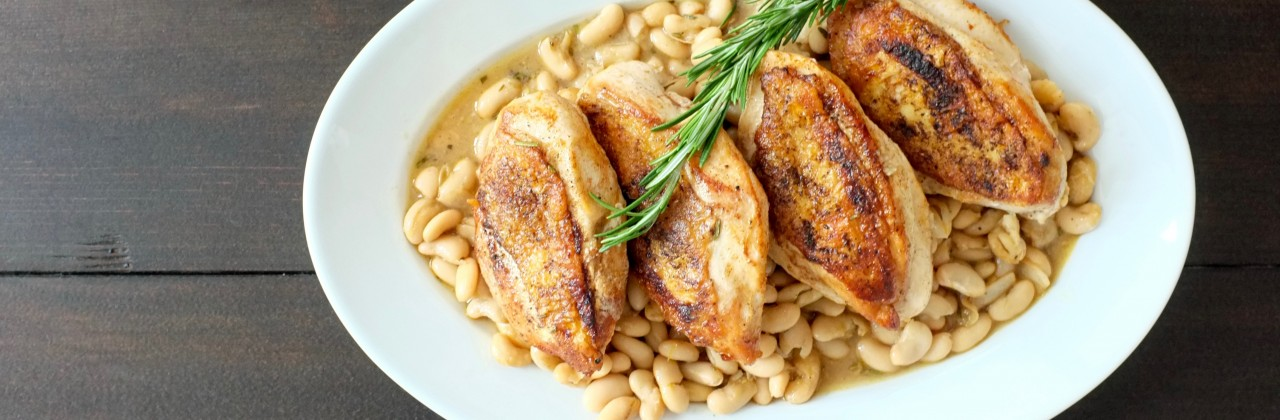 Smoky Chicken with Winey Beans