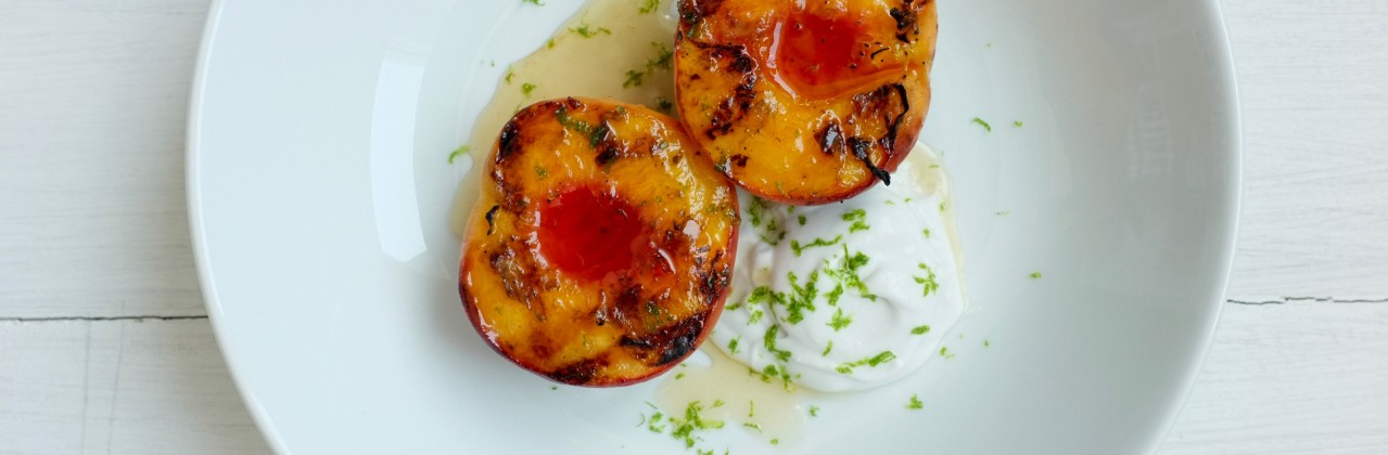 Grilled Peaches & Coconut Cream