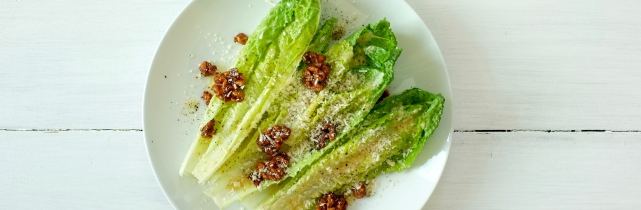 Romaine Salad with Candied Walnuts
