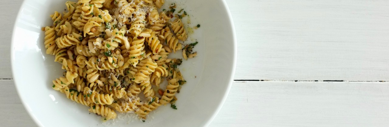 Chickpea Pasta with Pine Nuts and Parsley