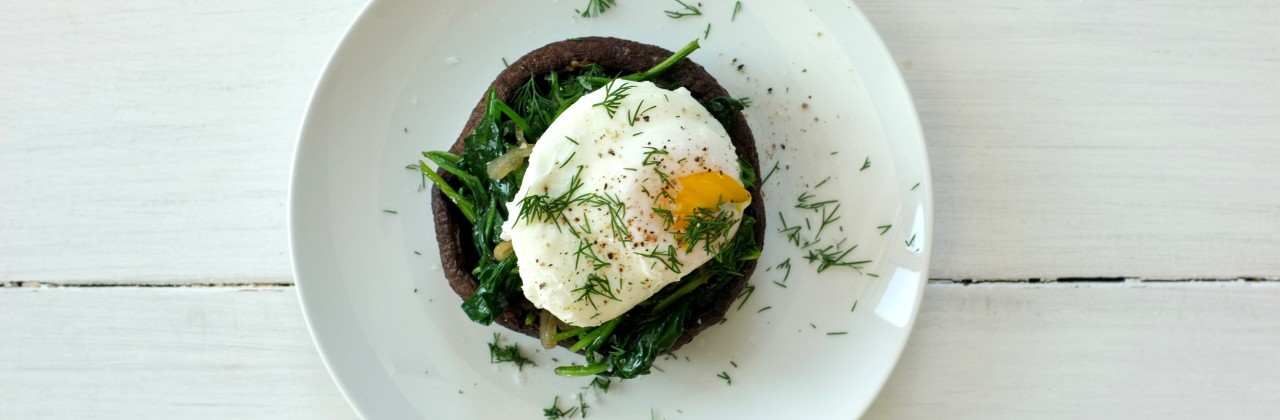 Poached Eggs and Spinach Stuffed Portobellos